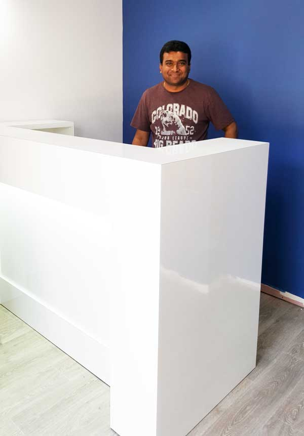 Dental reception desk