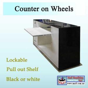 Shop counter on castors