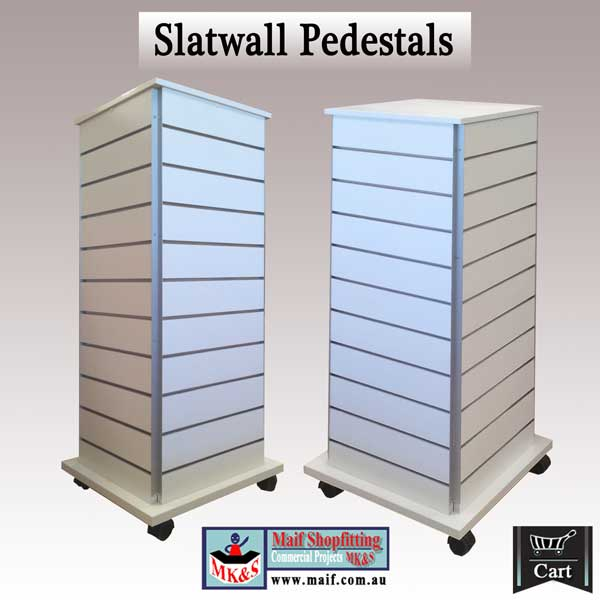 Slatwall coloums on castors