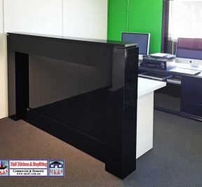 Black Gloss Counter